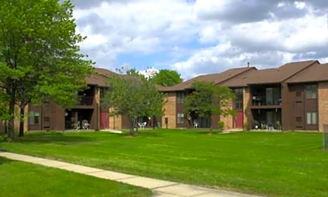 Bedford Square Apartments - Canton, Michigan 48187