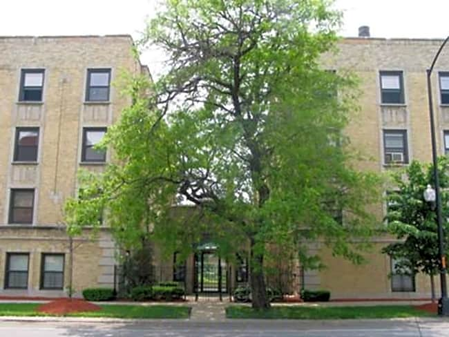 Wilson Court Apartments - Chicago, Illinois 60640