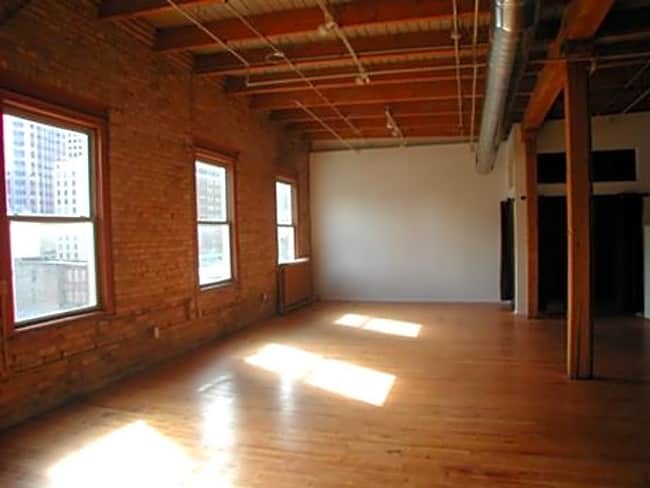 Robitshek Lofts - Minneapolis, Minnesota 55401