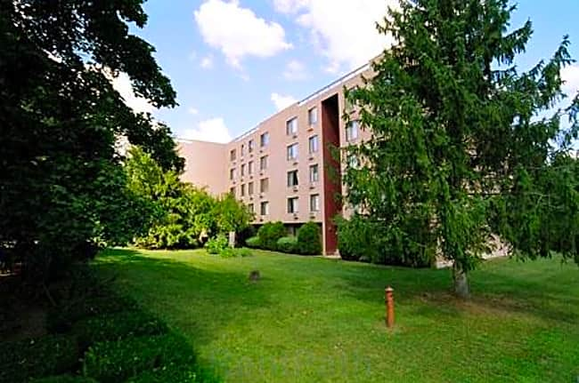 Towpath Manor Apartments - Palmyra, New York 14522