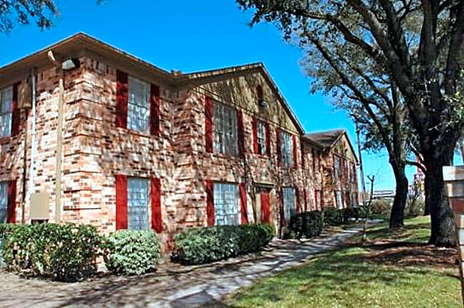 Parkside Place - Pasadena, Texas 77504