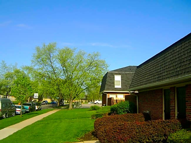 Bayberry Place Townhomes - Columbus, Ohio 43229