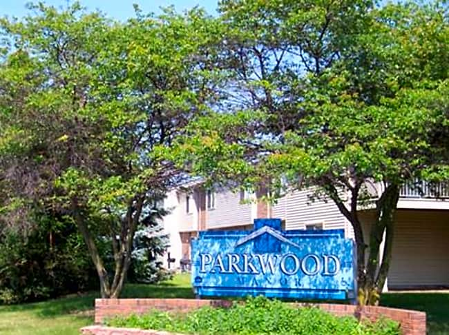 Parkwood Manor Apartments - Belleville, Michigan 48111