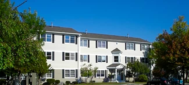 The Willows Condominiums - New Bedford, Massachusetts 02745
