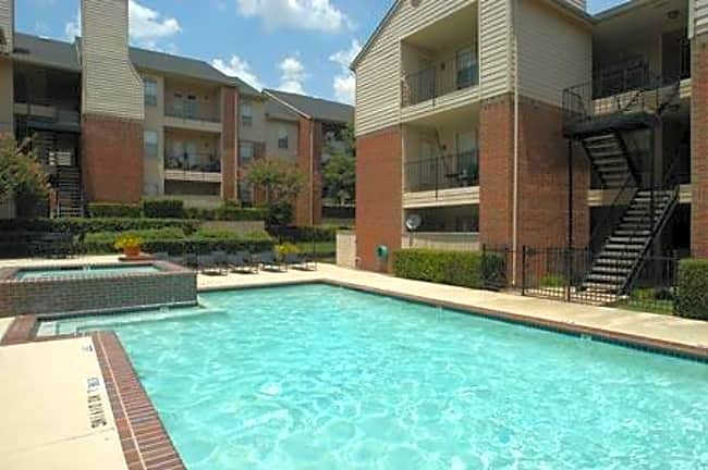 The Coronado Apartments - Dallas, Texas 75214