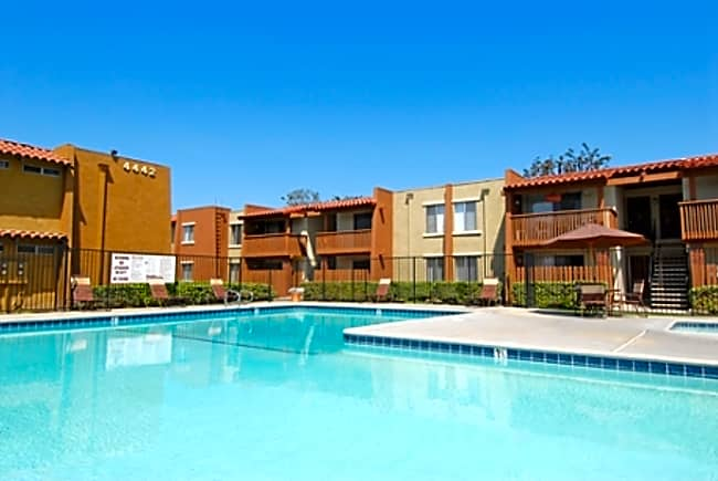 Casa Grande Apartments - Cypress, California 90630
