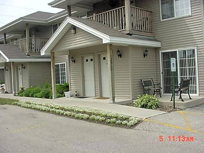 Fischer Heights - Butler, Wisconsin 53007