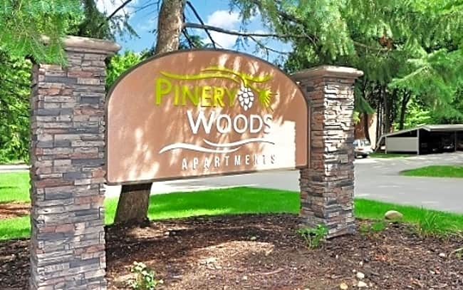 Pinery Woods Apartments - Wyoming, Michigan 49519