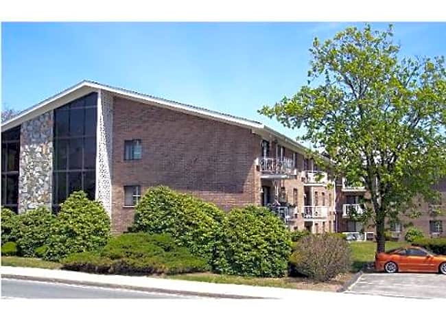 10 Bullocks Point Avenue Apartments - Riverside, Rhode Island 02915