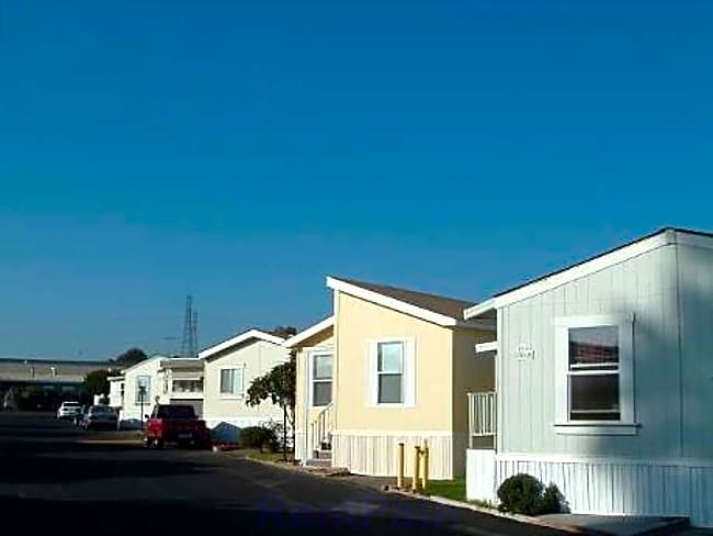 Victorian Mobile Home Park - Ventura, California 93003