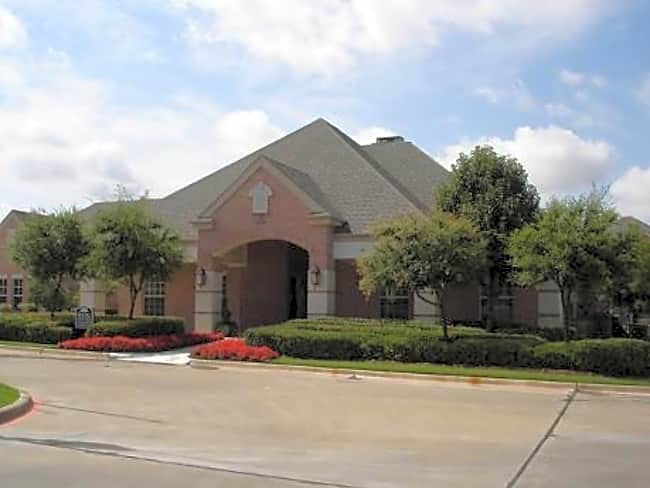 The Waterford at Spencer Oaks - Denton, Texas 76205