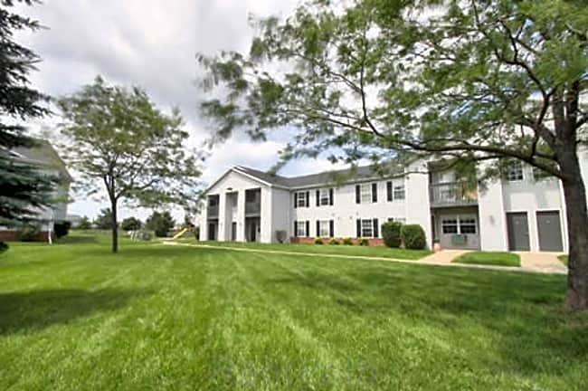 Jackson Farm Apartments - Oshkosh, Wisconsin 54901