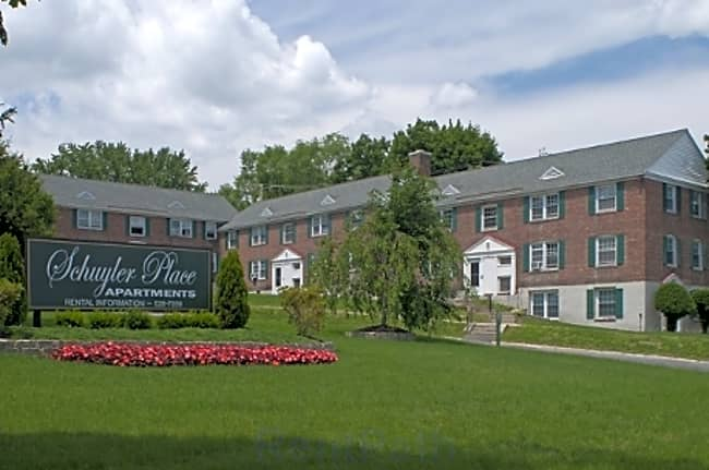 Schuyler Place Apartments - Menands, New York 12204