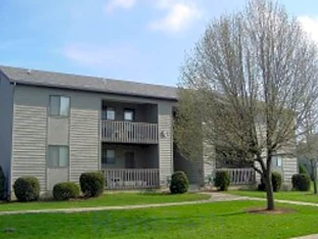 Longview Oaks Apartments - Harrisonburg, Virginia