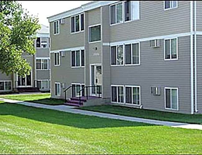 Meadowland Apartments - Sioux Falls, South Dakota 57106