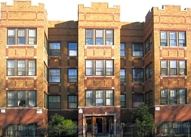4871 North Washtenaw Apartments - Chicago, Illinois 60625