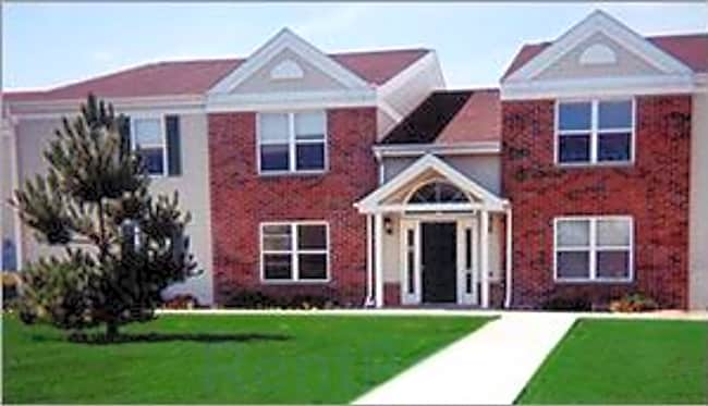 Southview Park Apartments - Neenah, Wisconsin 54956