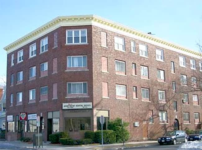 Kenwood Apartments - Springfield, Massachusetts 01108