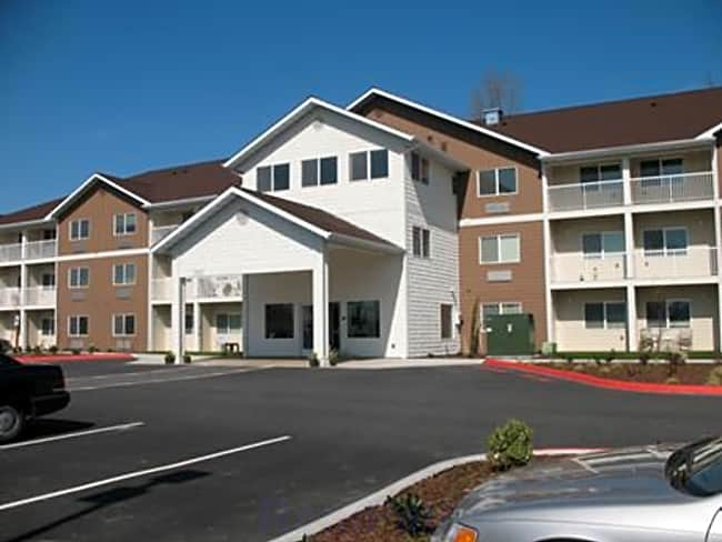 Highland Greens Apartments - Mount Vernon, Washington