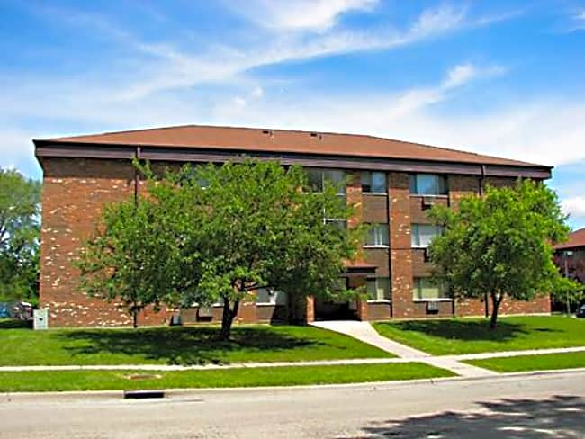 Rivers Edge Apartments - Rockford, Illinois 61103