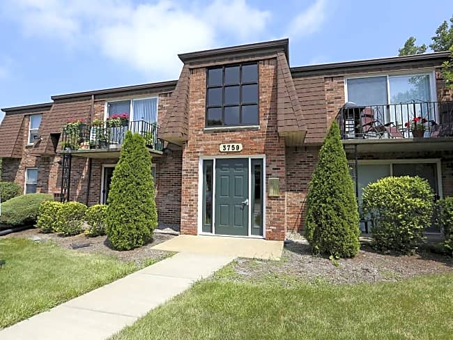 Regency Court Apartments - Orchard Park, New York 14127