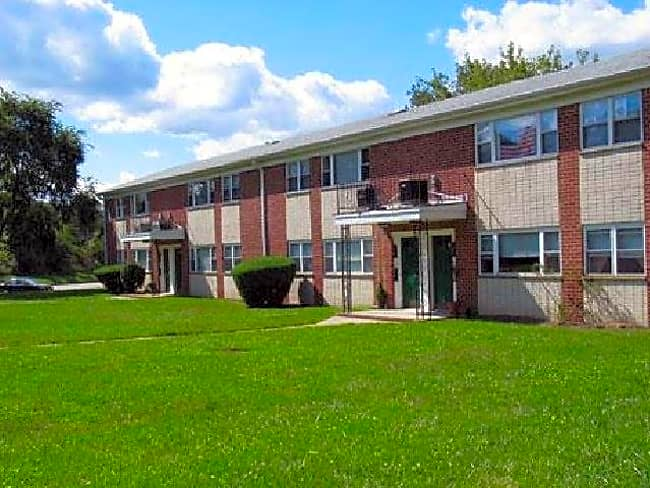 Stony Hill Apartments - Eatontown, New Jersey 07724