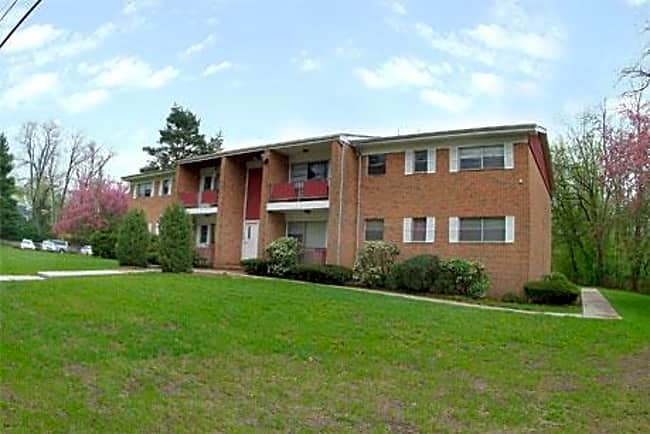 Riverview Terrace Apartments - Clark, New Jersey 07066
