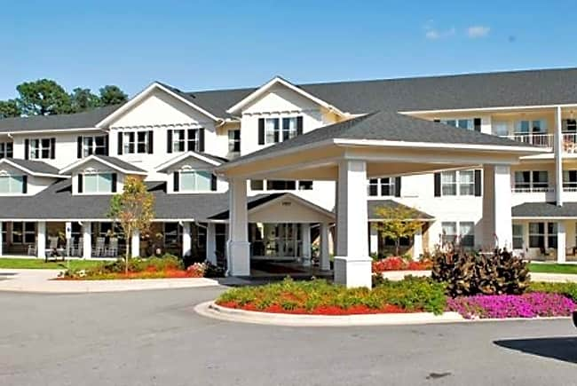 The Lodge at Wake Forest Independent Retirement Living - Wake Forest, North Carolina 27587