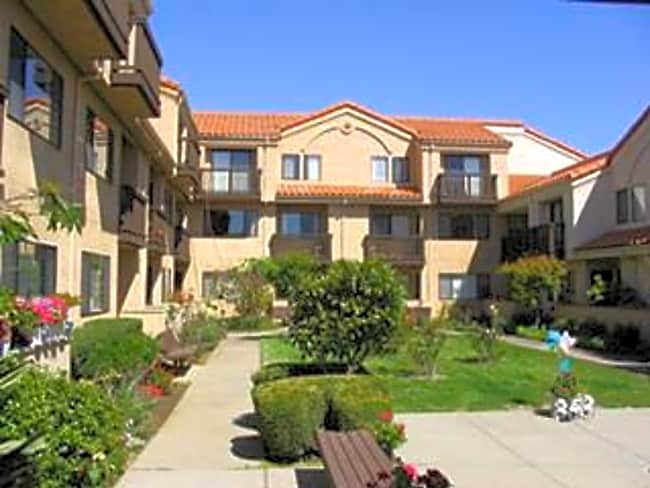 Magnolia Plaza Apartments - South San Francisco, California 94080