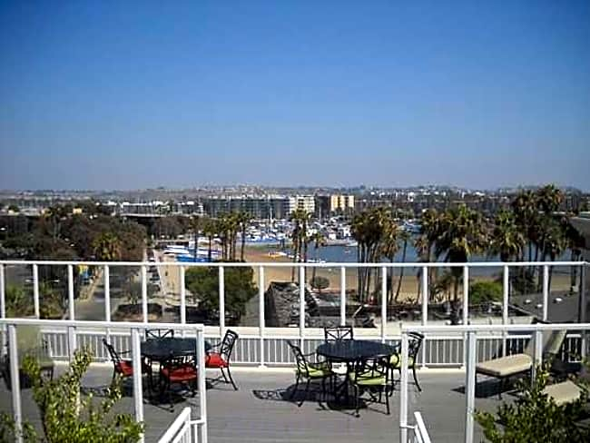 The Admiralty Apartments - Marina Del Rey, California 90292