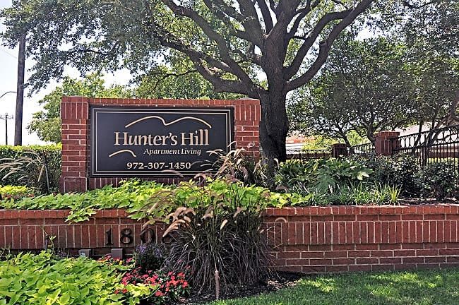 Hunter's Hill - Dallas, Texas 75287