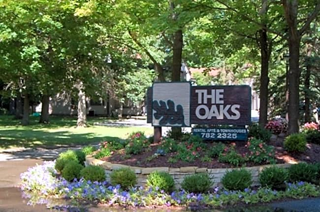 The Oaks - Jackson, Michigan 49203