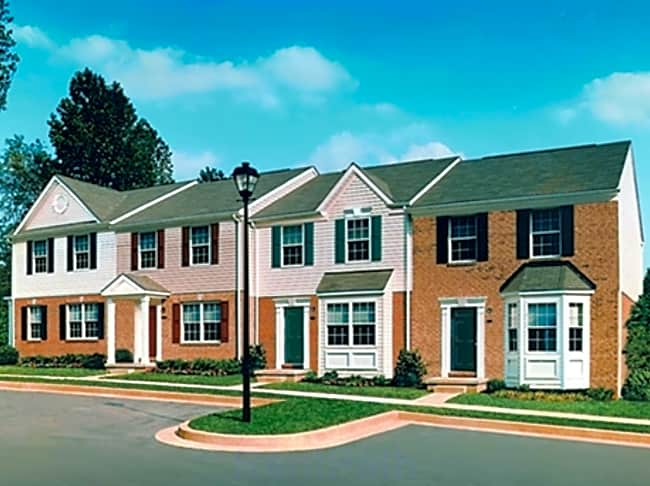 Carlson Woods Townhomes - Baltimore, Maryland 21244