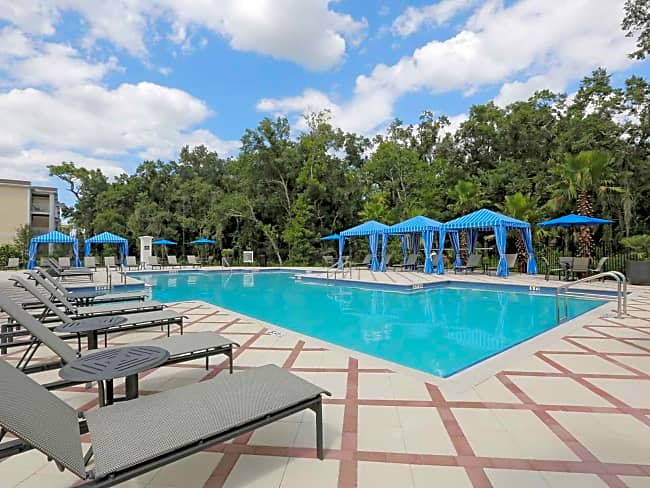 Ranch Lake Apartments - Bradenton, Florida 34202