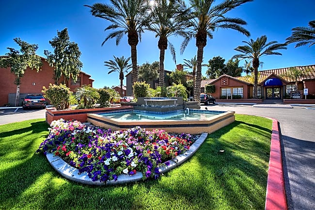 Pinnacle Grove - Tempe, Arizona 85283