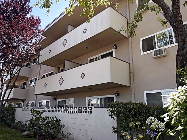 Bancroft Towers Apartments - San Leandro, California 94578