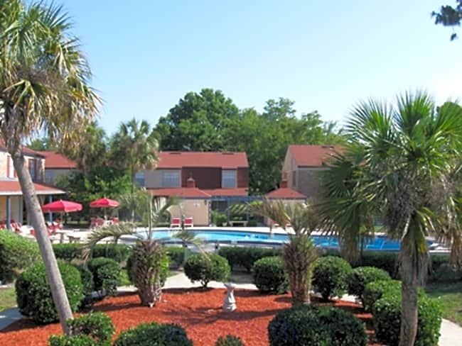 Peppertree Lane Apartments - Jacksonville, Florida 32216