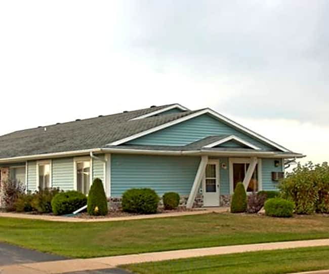 East Ridge Village Apartment Homes - Marshfield, Wisconsin