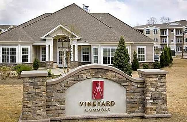 Vineyard Commons 55+ Active Adult Community - Highland, New York