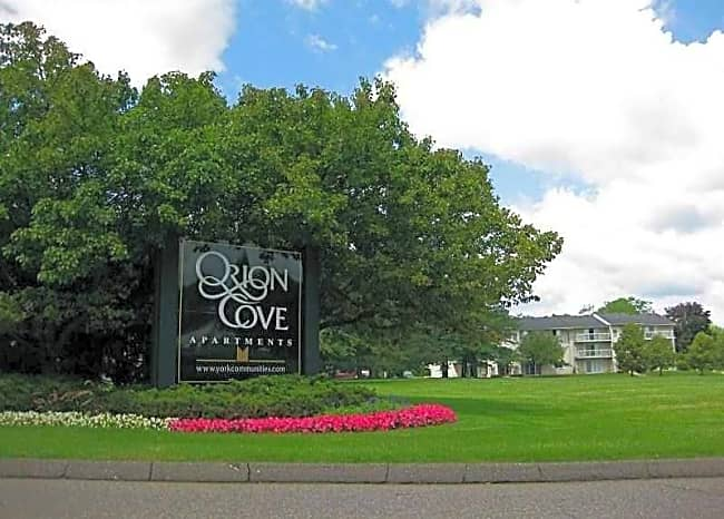 Orion Cove - Lake Orion, Michigan 48362
