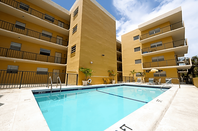 Sunworld Apartments - North Miami Beach, Florida 33160