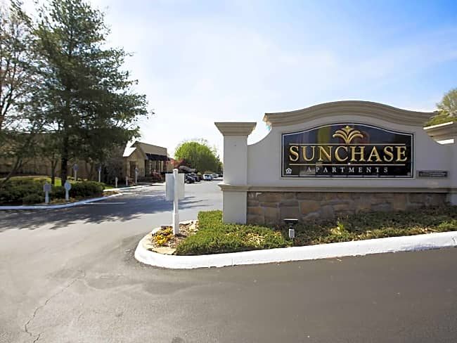 Sunchase Apartments - Knoxville, Tennessee 37923