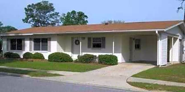 Whiting Pines - Milton, Florida 32570