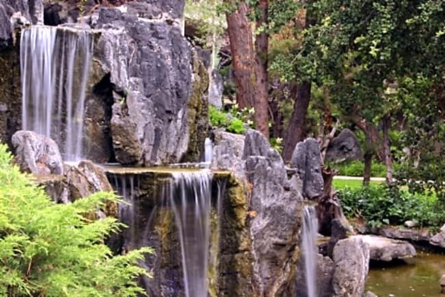 The Falls at Montrose - Glendale, California 91208