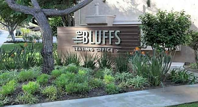 The Bluffs at Carlsbad Apartments - Carlsbad, California 92008