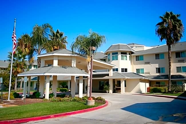 The Remington Independent Retirement Living - Hanford, California