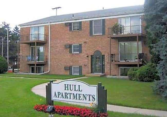 Hull Apartments of East Lansing - East Lansing, Michigan 48823