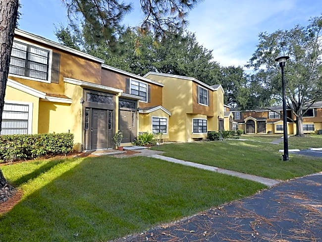 Village Townhomes At Lake Orlando - Orlando, Florida 32808