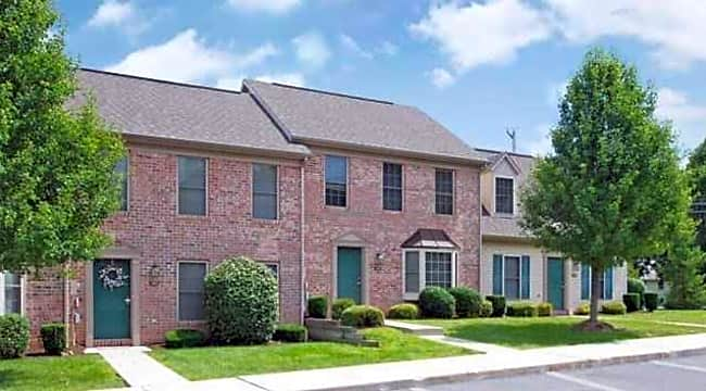 Rockledge Townhome Apartments - Mechanicsburg, Pennsylvania 17055