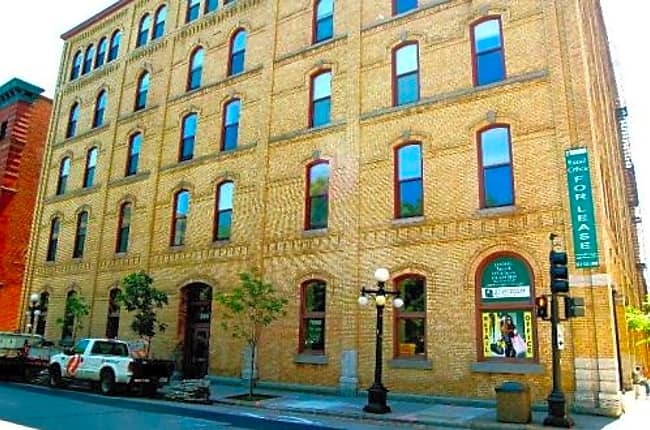 Straus Lofts - Saint Paul, Minnesota 55101
